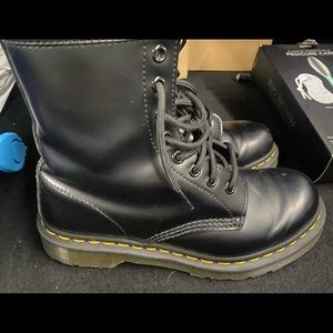 Doc martens boots for sale size 7 barely worn